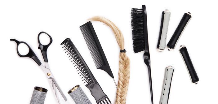 Man-kan-stadig-leve-af-at-klippe-hinandens-hår