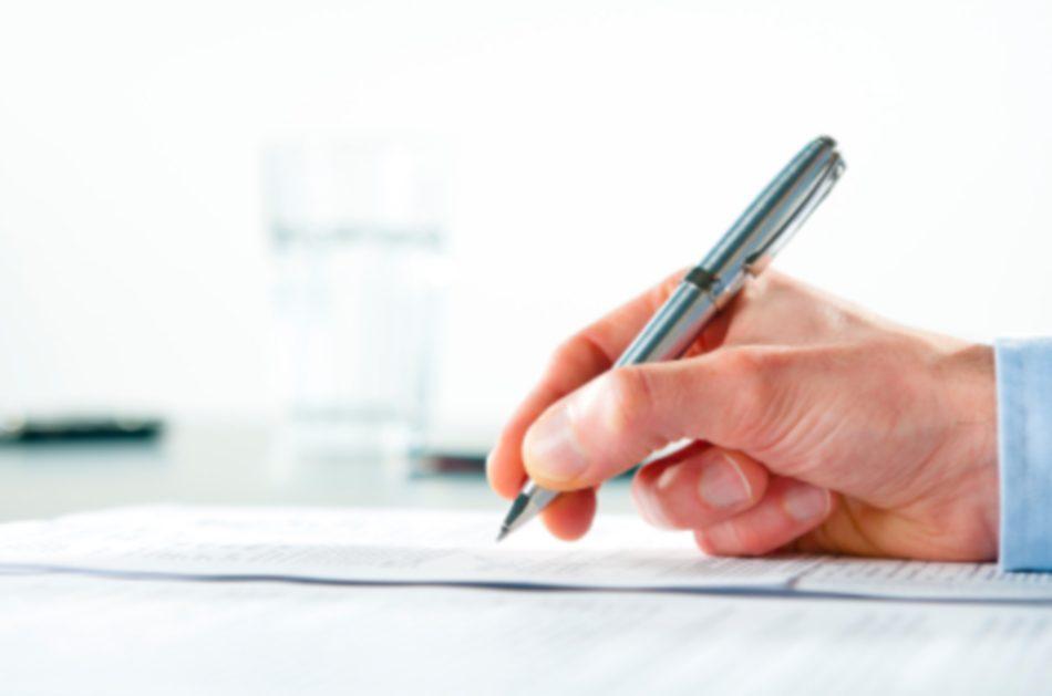 Danske virksomheder får advokathjælp til ansættelseskontrakter